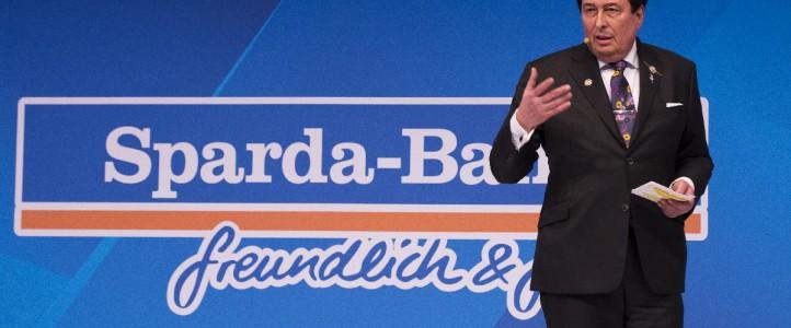 Verabschiedung des Vorstandsvorsitzenden der Sparda Bank im Grand Elysée Hamburg